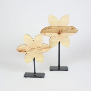 Blumendeko aus Holz, Osterdekoration