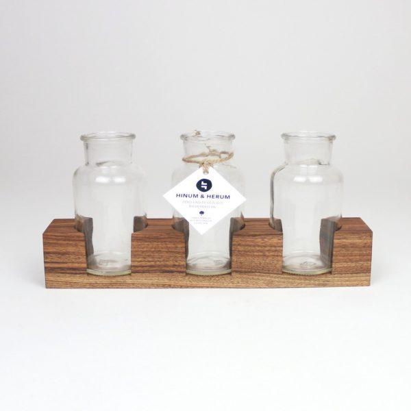 Tischdekoration Holz mit Glas